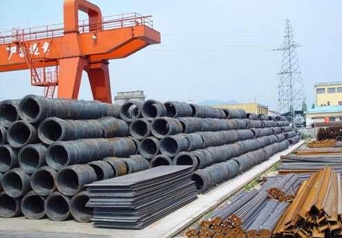 صادرات فولاد به افغانستان از سر گرفته شد/ خسارت روزانه ۵۲ میلیارد تومانی قطعی برق به صنعت سیمان/ قیمت فولاد کاهش مییابد